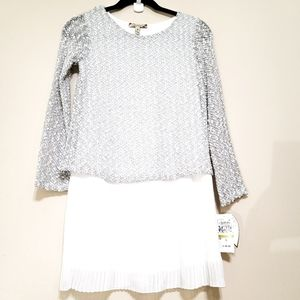 NWT Speechless Long Sleeves Pleated Dress